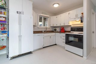Photo 8: 728 Danbrook Ave in : La Langford Proper Half Duplex for sale (Langford)  : MLS®# 858966