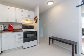 Photo 9: 728 Danbrook Ave in : La Langford Proper Half Duplex for sale (Langford)  : MLS®# 858966