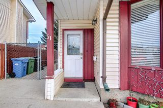 Photo 5: 51 Fonda Hill SE in Calgary: Forest Heights Semi Detached for sale : MLS®# A1056014