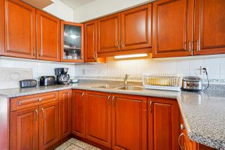 "Photo 9: 6644 CANADA Way in Burnaby: Burnaby Lake House for sale in ""Burnaby Lake"" (Burnaby South)  : MLS®# R2527595"