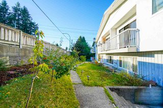 "Photo 5: 6644 CANADA Way in Burnaby: Burnaby Lake House for sale in ""Burnaby Lake"" (Burnaby South)  : MLS®# R2527595"