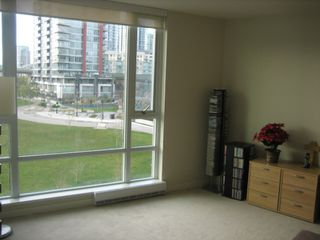 "Photo 17: 502 8 SMITHE MEWS in Vancouver: False Creek North Condo for sale in ""FLAGSHIP"" (Vancouver West)  : MLS®# V797838"