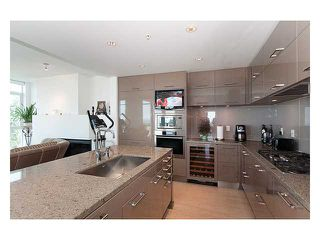 "Photo 5: 1105 5989 WALTER GAGE Road in Vancouver: University VW Condo for sale in ""CORUS"" (Vancouver West)  : MLS®# V813411"