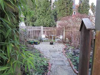 Photo 10: 1927 CHARLES Street in Vancouver: Grandview VE House 1/2 Duplex for sale (Vancouver East)  : MLS®# V859734