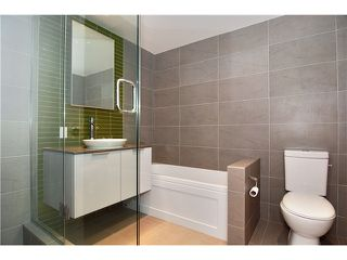 "Photo 3: 1208 108 W CORDOVA Street in Vancouver: Downtown VW Condo for sale in ""WOODWARDS"" (Vancouver West)  : MLS®# V864082"