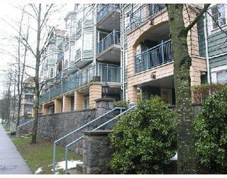 "Photo 1: 301 1199 WESTWOOD Street in Coquitlam: North Coquitlam Condo for sale in ""LAKESIDE TERRACE"" : MLS®# V729820"