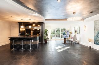 Photo 16: 6056 COLLINGWOOD Street in Vancouver: Southlands House for sale (Vancouver West)  : MLS®# R2411955