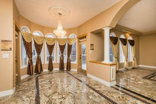Photo 11: 970 HOLLINGSWORTH Bend in Edmonton: Zone 14 House for sale : MLS®# E4181071