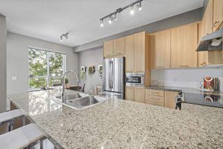 "Photo 6: 83 1305 SOBALL Street in Coquitlam: Burke Mountain Townhouse for sale in ""Tyneridge North"" : MLS®# R2429724"