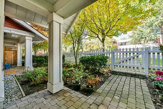 """Photo 2: 27 188 SIXTH Street in New Westminster: Uptown NW Townhouse for sale in """"Royal Terrace"""" : MLS®# R2511943"""