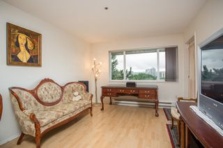 """Photo 3: 819 1310 CARIBOO Street in New Westminster: Uptown NW Condo for sale in """"River Valley"""" : MLS®# R2513298"""