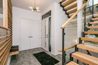 Photo 3: 9620 96 Street in Edmonton: Zone 18 House for sale : MLS®# E4219565