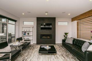 Photo 5: 9620 96 Street in Edmonton: Zone 18 House for sale : MLS®# E4219565