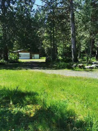 Photo 2: 27372 DEWDNEY TRUNK Road in Maple Ridge: Northeast House for sale : MLS®# R2528451
