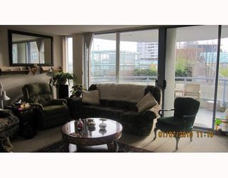 "Photo 2: 604 719 PRINCESS Street in New Westminster: Uptown NW Condo for sale in ""STERLING PLACE"" : MLS®# V803111"