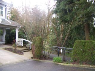 "Photo 32: 15 9036 208TH Street in Langley: Walnut Grove Townhouse for sale in ""HUNTERS GLEN"" : MLS®# F1006862"