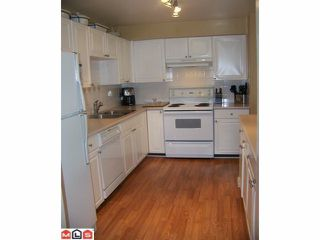 "Photo 39: 15 9036 208TH Street in Langley: Walnut Grove Townhouse for sale in ""HUNTERS GLEN"" : MLS®# F1006862"