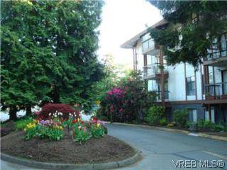 Photo 18: VICTORIA REAL ESTATE = QUADRA CONDO HOME Sold With Ann Watley! (250) 656-0131