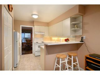 Photo 4: 14 650 ROCHE POINT Drive in North Vancouver: Roche Point Townhouse for sale : MLS®# V863211