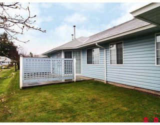 """Photo 10: 105 1450 MCCALLUM Road in Abbotsford: Poplar Townhouse for sale in """"CROWN POINT"""" : MLS®# F2833694"""