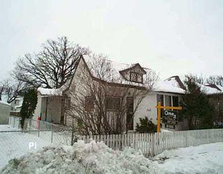 Main Photo: 245 TRENT Avenue in WINNIPEG: East Kildonan Single Family Detached for sale (North East Winnipeg)  : MLS®# 2518276