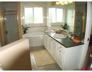 "Photo 9: 15313 57TH Avenue in Surrey: Sullivan Station House for sale in ""SULLIVAN STATION"" : MLS®# F2913333"