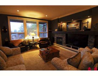 Photo 8: 19922 71ST Avenue in Langley: Willoughby Heights House for sale : MLS®# F2913416