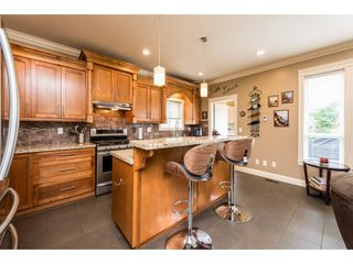 Photo 9: 7127 195A Street in Surrey: Clayton House for sale (Cloverdale)  : MLS®# R2387599
