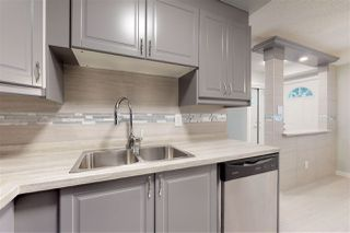 Photo 4: 5434 144B Avenue in Edmonton: Zone 02 Townhouse for sale : MLS®# E4173565