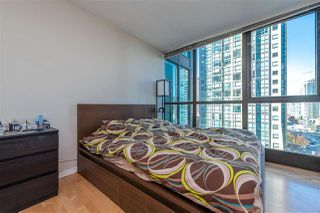 "Photo 11: 705 1331 ALBERNI Street in Vancouver: West End VW Condo for sale in ""The Lions"" (Vancouver West)  : MLS®# R2414176"