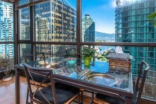 "Photo 7: 705 1331 ALBERNI Street in Vancouver: West End VW Condo for sale in ""The Lions"" (Vancouver West)  : MLS®# R2414176"