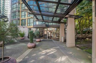 "Photo 16: 705 1331 ALBERNI Street in Vancouver: West End VW Condo for sale in ""The Lions"" (Vancouver West)  : MLS®# R2414176"
