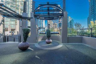"Photo 3: 705 1331 ALBERNI Street in Vancouver: West End VW Condo for sale in ""The Lions"" (Vancouver West)  : MLS®# R2414176"