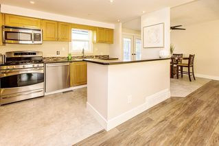 Photo 3: 19435 HAMMOND Road in Pitt Meadows: Central Meadows House for sale : MLS®# R2416509