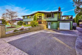 Photo 1: 19435 HAMMOND Road in Pitt Meadows: Central Meadows House for sale : MLS®# R2416509