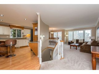 """Photo 5: 3736 CASTLE PINES Court in Abbotsford: Abbotsford East House for sale in """"Ledgeview Estates"""" : MLS®# R2418253"""