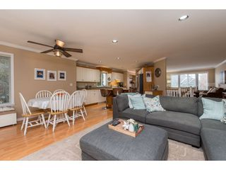 """Photo 4: 3736 CASTLE PINES Court in Abbotsford: Abbotsford East House for sale in """"Ledgeview Estates"""" : MLS®# R2418253"""