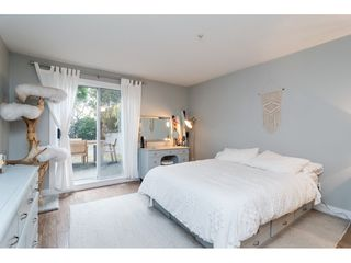 """Photo 11: 104 15941 MARINE Drive: White Rock Condo for sale in """"Heritage"""" (South Surrey White Rock)  : MLS®# R2417090"""