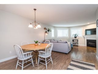 """Photo 6: 104 15941 MARINE Drive: White Rock Condo for sale in """"Heritage"""" (South Surrey White Rock)  : MLS®# R2417090"""