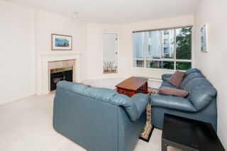Photo 1: 213 5735 HAMPTON PLACE in Vancouver: University VW Condo for sale (Vancouver West)  : MLS®# R2421216