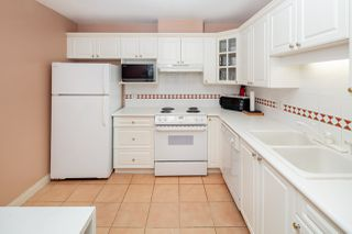 Photo 6: 213 5735 HAMPTON PLACE in Vancouver: University VW Condo for sale (Vancouver West)  : MLS®# R2421216