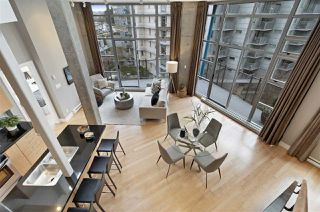 "Photo 3: 604 2635 PRINCE EDWARD Street in Vancouver: Mount Pleasant VE Condo for sale in ""Soma"" (Vancouver East)  : MLS®# R2434539"