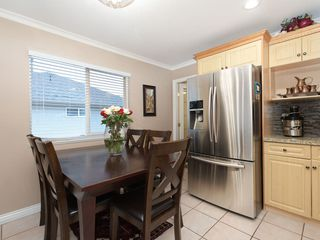 Photo 5: 2466 FRISKIE Avenue in Port Coquitlam: Woodland Acres PQ House for sale : MLS®# R2435749