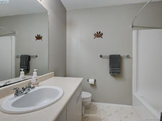 Photo 16: 106 2721 Jacklin Road in VICTORIA: La Langford Proper Row/Townhouse for sale (Langford)  : MLS®# 421045