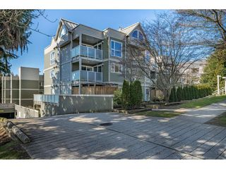 "Photo 1: 104 518 THIRTEENTH Street in New Westminster: Uptown NW Condo for sale in ""COVENTRY COURT"" : MLS®# R2443771"