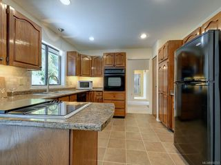 Photo 10: 1872 Barrett Dr in : NS Dean Park Single Family Detached for sale (North Saanich)  : MLS®# 850723