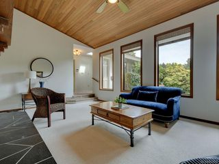 Photo 5: 1872 Barrett Dr in : NS Dean Park Single Family Detached for sale (North Saanich)  : MLS®# 850723