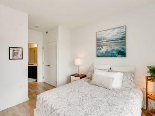 Photo 16: 220 725 Marine Drive in North Vancouver: Harbourside Condo for sale : MLS®# R2481739