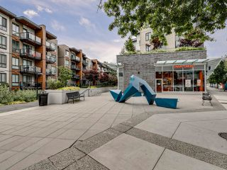 Photo 31: 220 725 Marine Drive in North Vancouver: Harbourside Condo for sale : MLS®# R2481739
