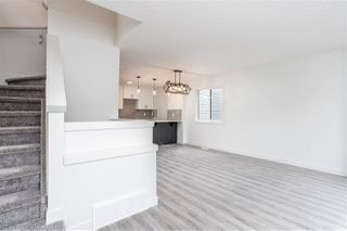 Photo 17: 11252 93 Street in Edmonton: Zone 05 Duplex Front and Back for sale : MLS®# E4208944
